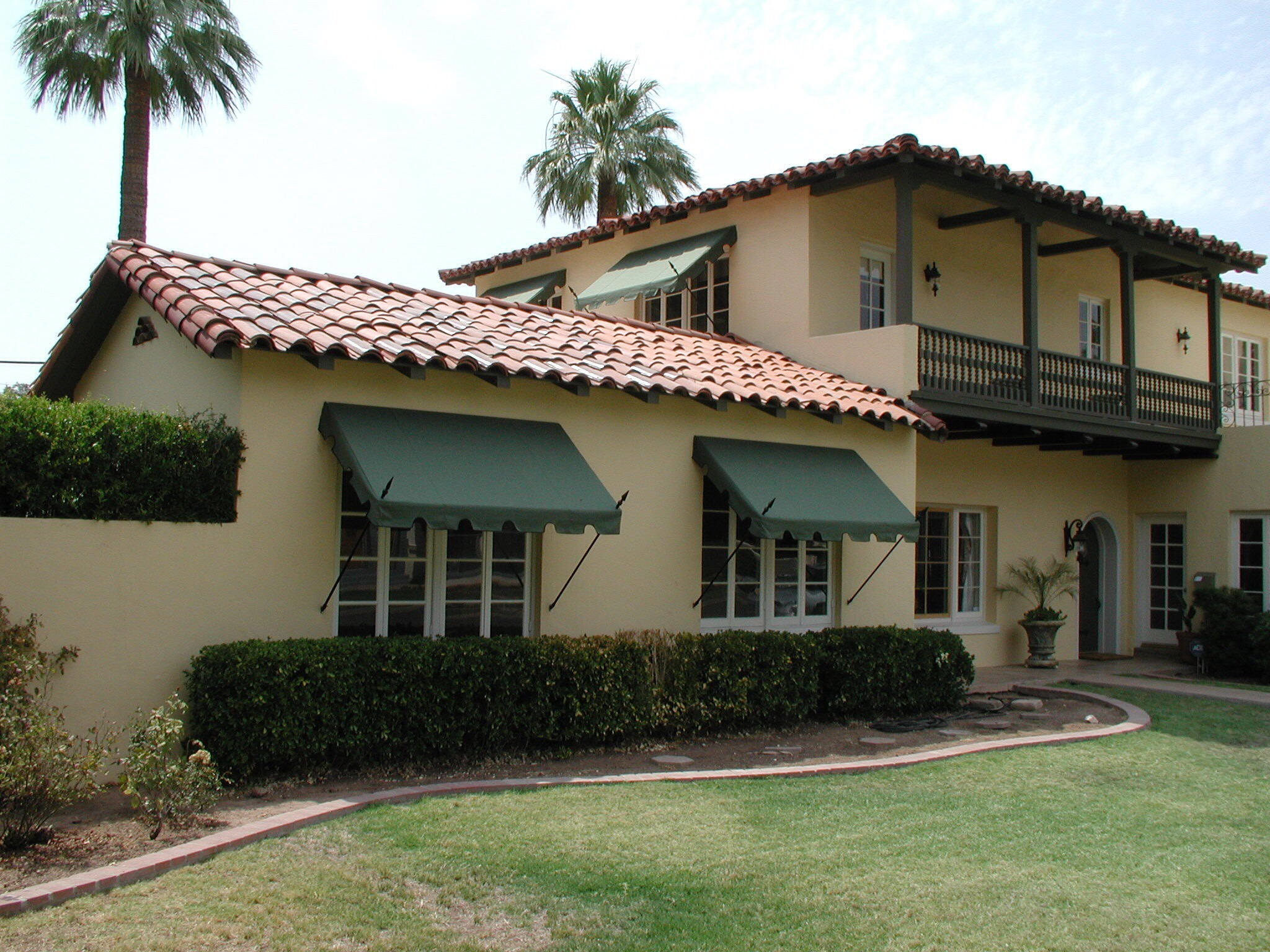 Spear Point Awnings - Phoenix Tent and Awning Company